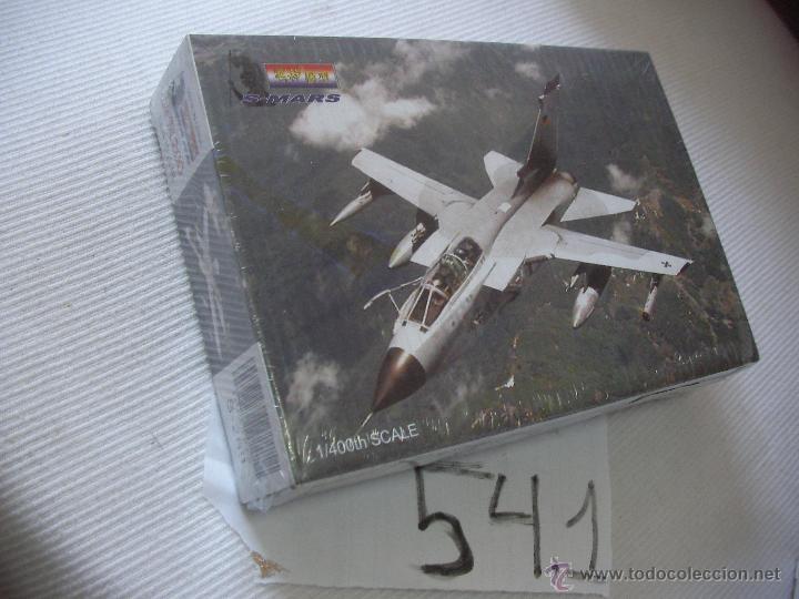 ANTIGUA MAQUETA DE AVION DE COMBATE NUEVA PRECINTADA - ENVIO GRATIS A ESPAÑA (Juguetes - Modelismo y Radio Control - Maquetas - Aviones y Helicópteros)