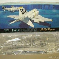 Maquetas: MAQUETA AVIÓN MCDONNELL DOUGLAS F-4B PHANTOM II JOLLY ROGERS 1:72 FUJIMI 1985. Lote 276631528