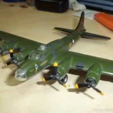 Maquetas: BOEING B 17 FLYING FORTRESS MEMPHIS BELLE.ESC.1/144... Lote 138283273