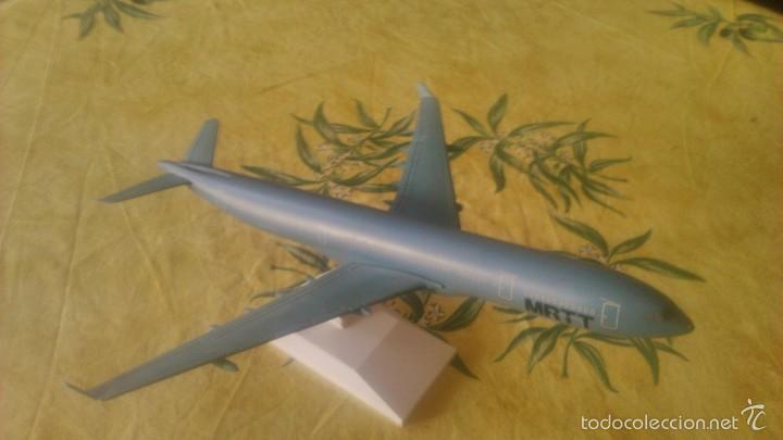 Maquetas: maqueta avión Airbus A330 MRTT- Snap Fit .lupa aircraft models.made in taiwan.esc 1.200 - Foto 3 - 73078123