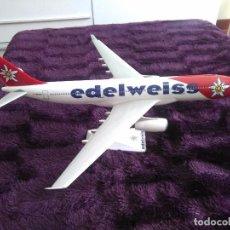 Maquetas: MAQUETA AVIÓN AIRBUS 330 DE EDELWEISS. Lote 62752492