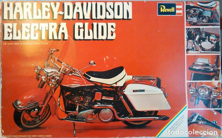 MAQUETA ANTIGUA DE LA MOTOCICLETA HARLEY-DAVIDSON ELECTRA GLIDE A ESCALA 1:8. REVELL, H-1224. 27CM. (Juguetes - Modelismo y Radiocontrol - Maquetas - Coches y Motos)