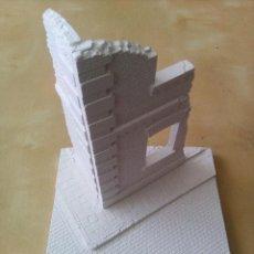 Maquetas: WWII BASE CALLE ADOQUINADA CON EDIFICIO EN ESQUINA BASE DIORAMA 1/35 BUILDING RUINS. Lote 71237319