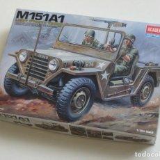 Maquetas: M151A1 1:35 ACADEMY. Lote 71840027