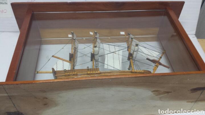 Maquetas: Maqueta antigua de barco en urna de cristal y madera - Foto 4 - 77547314