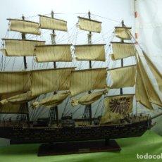 Maquetas: ANTIGUA Y ENORME MAQUETA DE BARCO FRAGATA AÑO 1780 - MÁS DE UN METRO DE LONGITUD - MADERA Y TELAS -. Lote 78515845