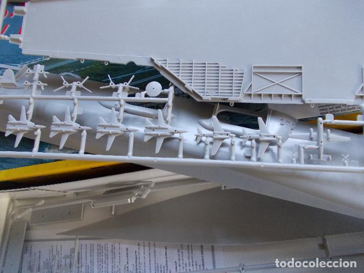 Maquetas: Maqueta naval escala 1:720 Marca Italeri U.S.S. Kitty Hawk - Foto 2 - 82527416