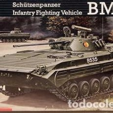 Maquetas: REVELL - BMP-2 3083 1/35. Lote 84180988