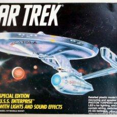Maquetas: AMT STAR TREK • USS ENTERPRISE NCC-1701A ED. ESPECIAL 'LIGHTS & SOUND' (LUCES Y SONIDO) • 55 CM. Lote 96257399