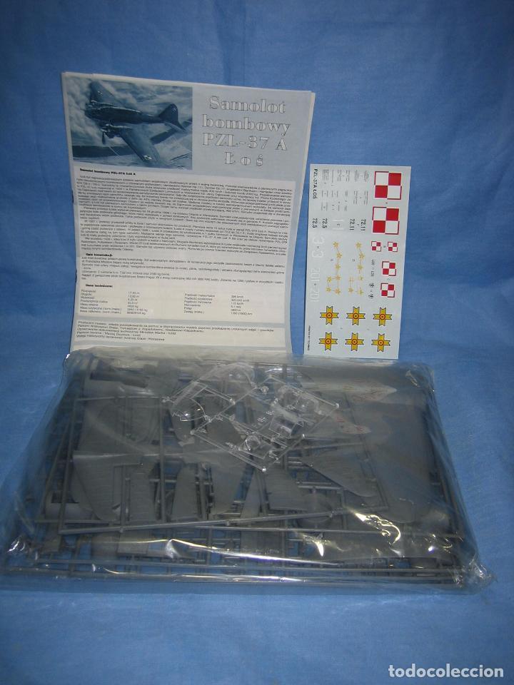 MAQUETA DE MONTAJE. AVIÓN SAMOLOT BOMBOWY PAL-37 DE MIRAGE HOBBY (Juguetes - Modelismo y Radio Control - Maquetas - Aviones y Helicópteros)