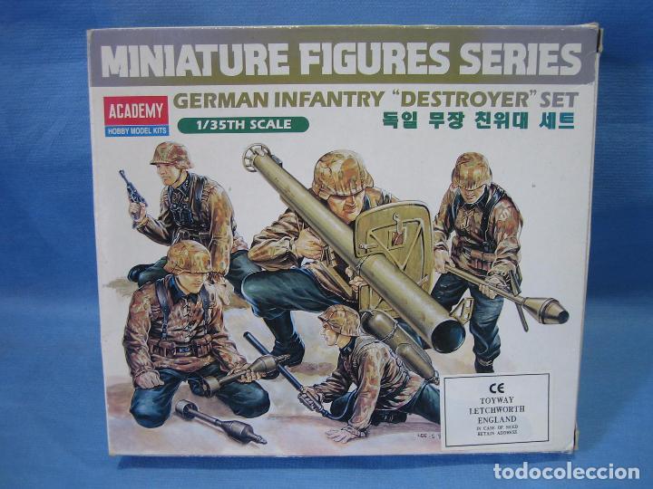MAQUETA DE MONTAJE. GERMAN INFANTERY DESTROGER SET.1/35 DE TAMIYA 1995 (Juguetes - Modelismo y Radiocontrol - Maquetas - Militar)