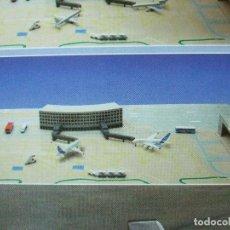 Maquetas: TERMINAL DE AEROPUERTO AIRBUS A380 + AIRBUS A320 NEWRAY SKY PILOT AVIÓN PASAJEROS AVIACION AIRPORT. Lote 264539394