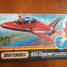 Maquetas: ANTIGUA MAQUETA AVION ESCALA 1-72 MATCHBOX RED ARROWS T.MK1/51 EN CAJA BLISTER SIN ABRIR. Lote 102779507