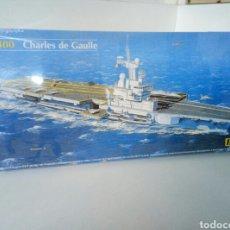 Maquetas: MAQUETA GRANDE CHARLES DE GAULLE HELLER 81072 ESCALA 1:400. Lote 104734150