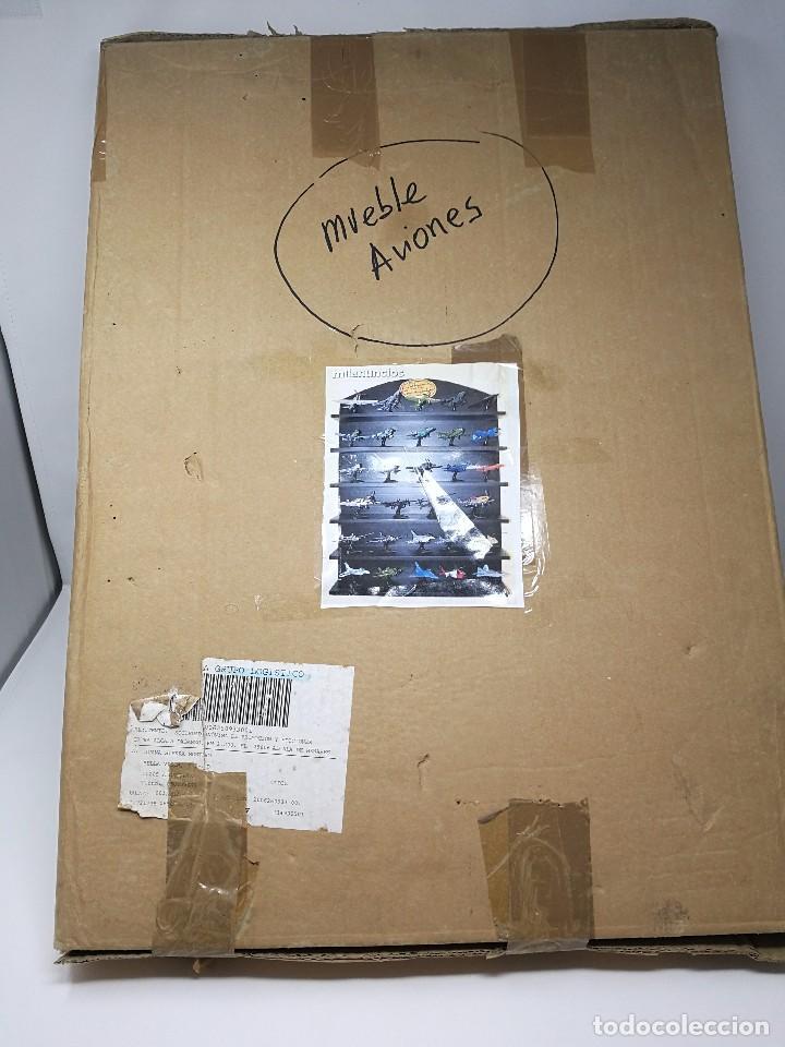 Maquetas: Colección aviones de combate, 29 aviones maisto nuevos en blister, libro fichas y mueble expositor - Foto 7 - 105444487