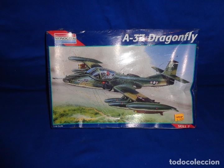 MONOGRAM - MAQUETA AVION A-37 DRAGONFLY SCALA 1:48 AÑO 1995 A ESTRENAR VER FOTOS Y DESCRIPCION! SM (Juguetes - Modelismo y Radio Control - Maquetas - Aviones y Helicópteros)
