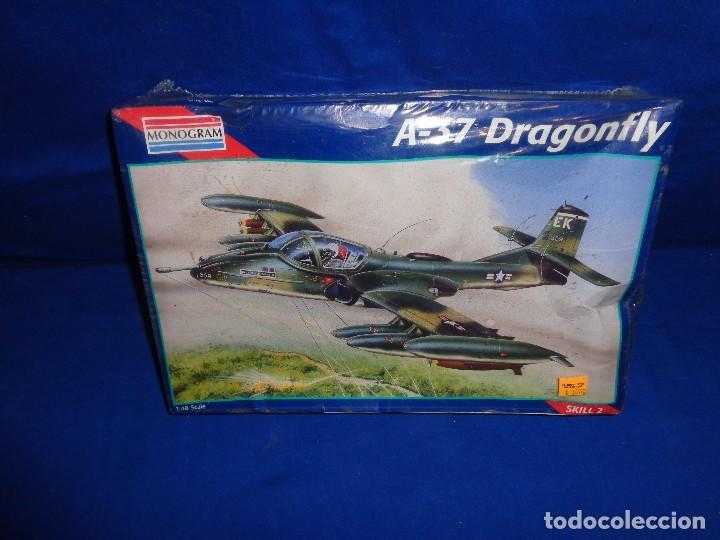 Maquetas: MONOGRAM - MAQUETA AVION A-37 DRAGONFLY SCALA 1:48 AÑO 1995 A ESTRENAR VER FOTOS Y DESCRIPCION! SM - Foto 2 - 105624275