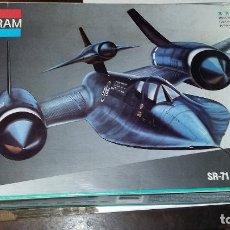 Maquetas: SR 71 BLACKBIRD. MONOGRAM 1/72. Lote 108721155