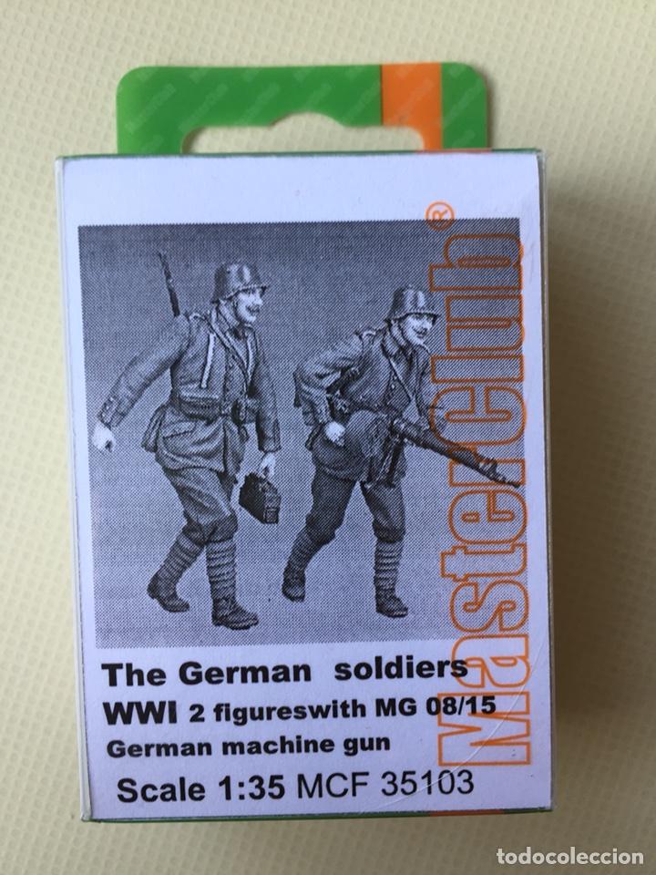 GERMAN SOLDIERS WWI ( TWO FIGURES ) 1:35 MASTERCLUB 35102 MAQUETA FIGURA DIORAMA PRIMERA GUERRA (Juguetes - Modelismo y Radiocontrol - Maquetas - Militar)
