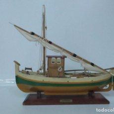 Maquetas: MAQUETA DE BARCO DE PESCA - SARDINAL - MADERA PINTADA Y TELA - CON PEANA. Lote 110899167