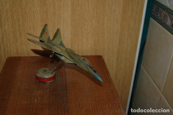 ANTIGUA MAQUETA DEL AVION MIG-29 FULCRUM CON MAQUETA IMANTADA (Juguetes - Modelismo y Radio Control - Maquetas - Aviones y Helicópteros)