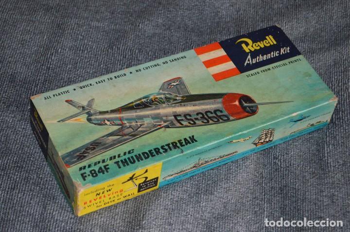 JOYA - VINTAGE - REVELL AUTHENTIC KIT - REPUBLIC F84F THUNDERSTREAK - H215 79 - AÑOS 50 - HAZ OFERTA (Juguetes - Modelismo y Radio Control - Maquetas - Aviones y Helicópteros)