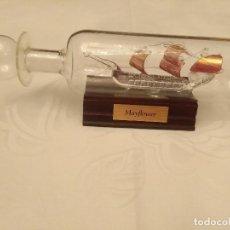 Maquetas: BARCO MAYFLOWER EN BOTELLA DE CRISTAL SOPLADO A MANO. Lote 112720027