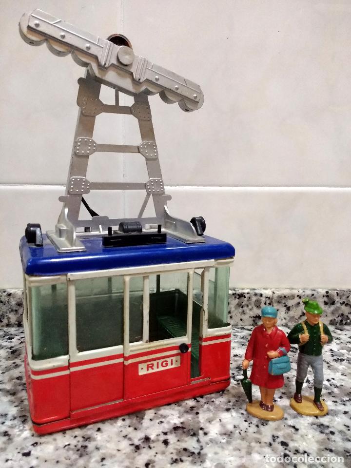 Maquetas: Rigi 900 Cabina Remonte Lehmann Alemania.Con 2 Figuras Antiguas Mujer con Bolso y Alpinista.1960 - Foto 2 - 113530667