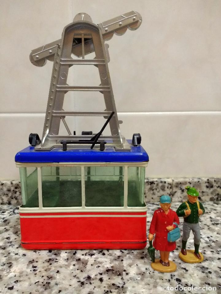 Maquetas: Rigi 900 Cabina Remonte Lehmann Alemania.Con 2 Figuras Antiguas Mujer con Bolso y Alpinista.1960 - Foto 9 - 113530667
