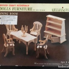 Maquetas: WOOD CRAFT ASSEMBLY DOLLS FURNITURE IN 1/12 SCALE. DINIG ROOM. . Lote 114358967