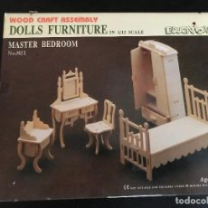 Maquetas: WOOD CRAFT ASSEMBLY DOLLS FURNITURE IN 1/12 SCALE. MASTER BEDROOM. Lote 114359019