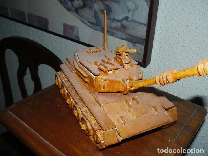 Maquetas: juguete antiguo carro de combate tanque de madera - Foto 3 - 116568251