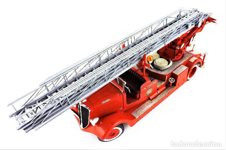 Maquetas: camión de bomberos Delahaye. Revell - Foto 10 - 117015455