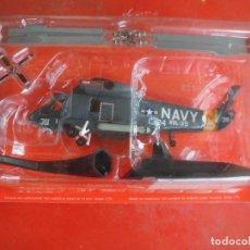 Maquetas: KAMAN SH-2F SEASPRITE. METAL ALTAYA ESCALA 1/72 + REVISTA. Lote 117362727