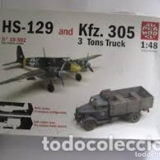 Maquetas: SUPERMODEL - HS-129 AND KFZ.305 3 TONS TRUCK 10502 1/48. Lote 118089883