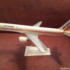 Maquetas: BOEING 757 DE AIR EUROPA 23 CM DE LARGO AÑOS 90. Lote 125272054