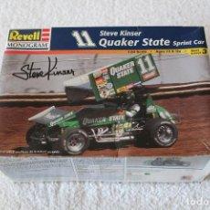 Maquetas: REVELL MONOGRAM. ESCALA 1/24 - QUAKER STATE SPRINT CAR, 11 STEVE KINSER - MADE IN USA 1998, . Lote 125441835