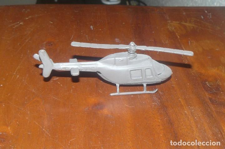 HELICÓPTERO DE COMBATE , METAL Y PLASTICO (Juguetes - Modelismo y Radio Control - Maquetas - Aviones y Helicópteros)