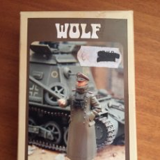 Maquetas: GERMAN OFFICER WEARING WATCHCOAT 1:35 WOLF WAW 36 MAQUETA FIGURA DIORAMA CARRO. Lote 134835781