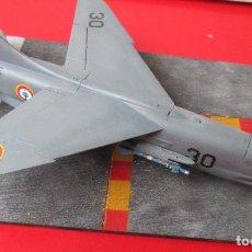 Maquetas: VOUGHT F-8 N. FUERZA AERONAVAL FRANCESA. DIORAMA ESCALA 1/72. Lote 136012838