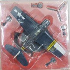 Maquetas: GRUMMAN F6F 5N HELLCAT USA NÚMERO 3 AVIÓN DE COMBATE CON PEANA 1/72. Lote 136027416