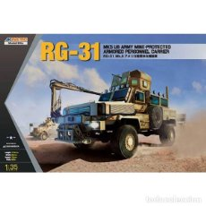 Macchiette: RG-31MK5 US ARMY MINE-PROTECTED ARMORED PERSONNEL CARRIER 1:35 KINETIC. Lote 136487326