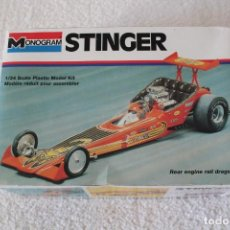 Maquetas: MONOGRAM. ESCALA 1/24 - STINGER REAR ENGINE RAIL DRAGSTER - MADE IN USA 1995.. Lote 136733822