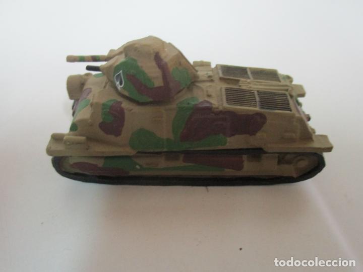 Maquetas: Carros de Combate - Lote, Colección 27 Tanques - Juguete de Plomo, Tanque - Escala 1/87 - con Funda - Foto 5 - 137971442