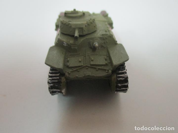 Maquetas: Carros de Combate - Lote, Colección 27 Tanques - Juguete de Plomo, Tanque - Escala 1/87 - con Funda - Foto 6 - 137971442
