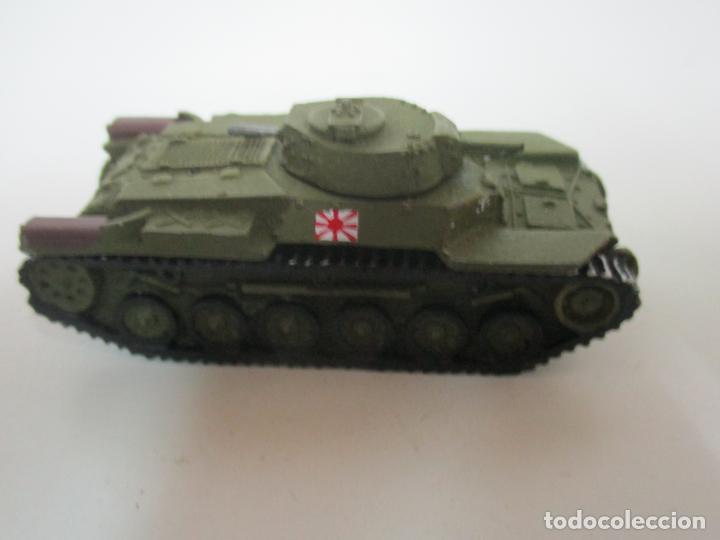 Maquetas: Carros de Combate - Lote, Colección 27 Tanques - Juguete de Plomo, Tanque - Escala 1/87 - con Funda - Foto 8 - 137971442