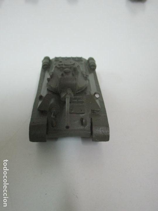 Maquetas: Carros de Combate - Lote, Colección 27 Tanques - Juguete de Plomo, Tanque - Escala 1/87 - con Funda - Foto 14 - 137971442