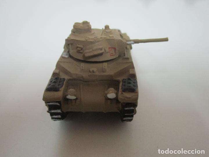 Maquetas: Carros de Combate - Lote, Colección 27 Tanques - Juguete de Plomo, Tanque - Escala 1/87 - con Funda - Foto 20 - 137971442