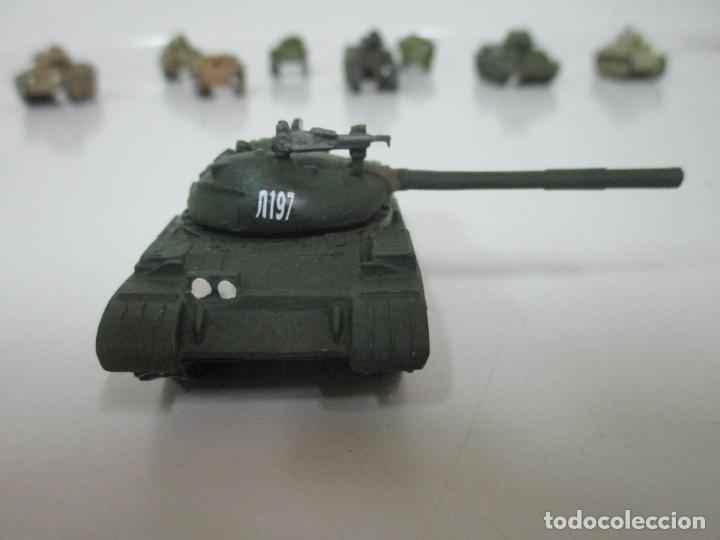 Maquetas: Carros de Combate - Lote, Colección 27 Tanques - Juguete de Plomo, Tanque - Escala 1/87 - con Funda - Foto 23 - 137971442