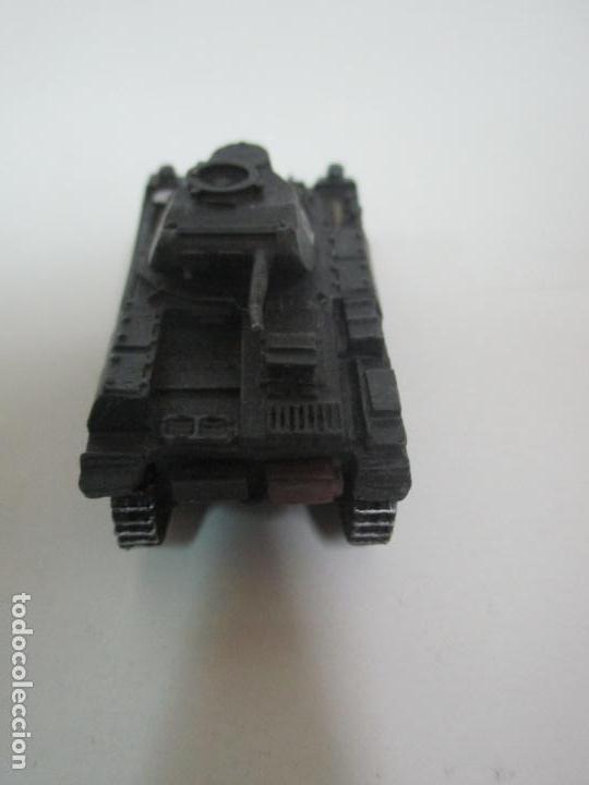 Maquetas: Carros de Combate - Lote, Colección 27 Tanques - Juguete de Plomo, Tanque - Escala 1/87 - con Funda - Foto 25 - 137971442